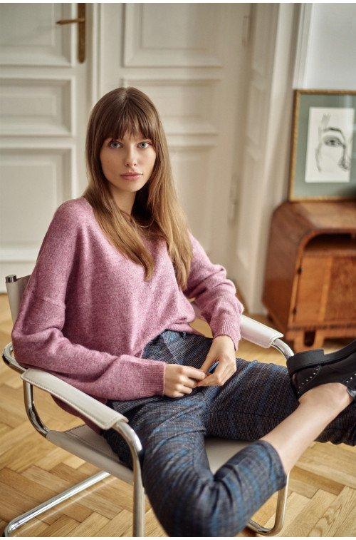 luźny sweter oversize